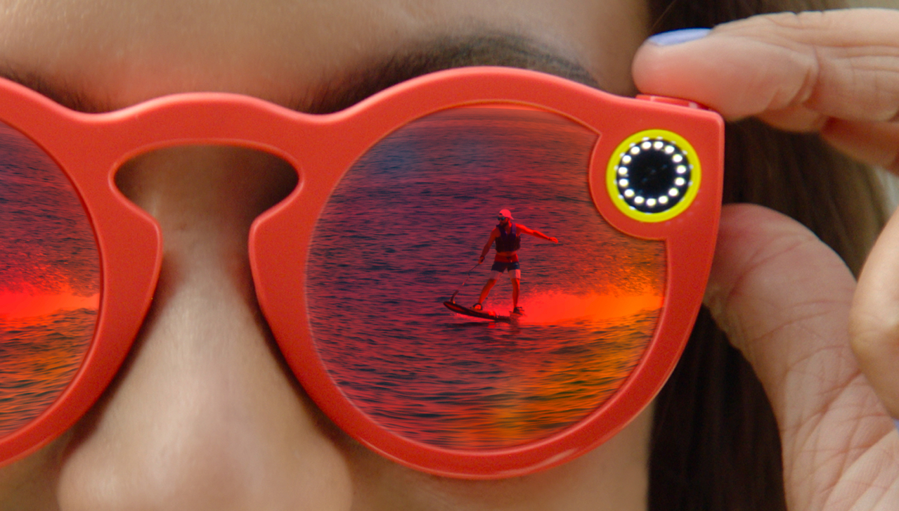 2370823c696 Snapchat Shows Cam Glasses  Galaxy Note 7 New Non-Exploding Battery ...
